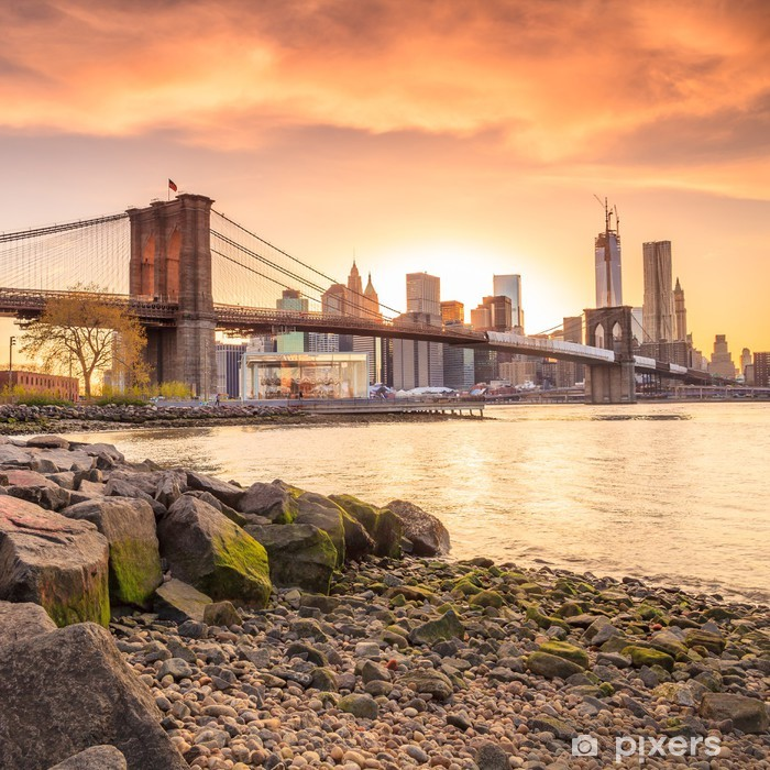 Vinil Duvar Resmi Gün batımında Brooklyn Köprüsü -