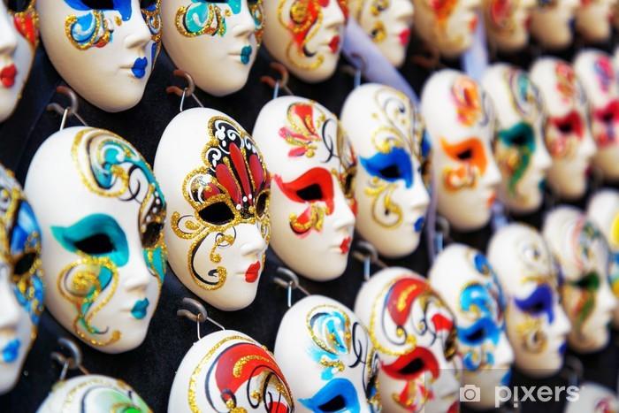 Vinylová fototapeta Benátská celoobličejové masky na karneval v obchodě. Benátky, Itálie - Vinylová fototapeta