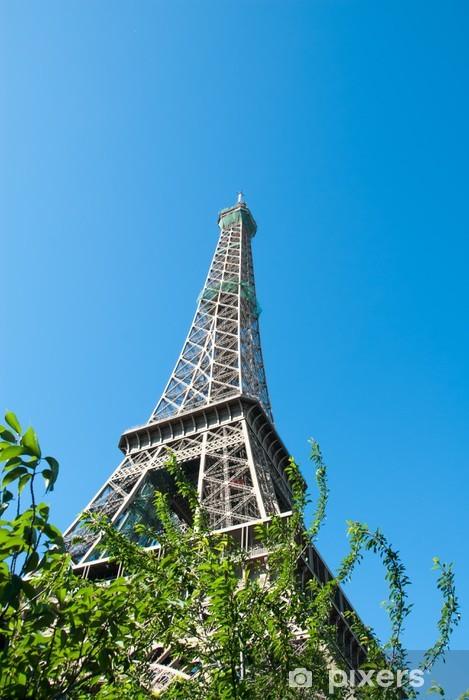 Vinylová fototapeta Eiffelova věž proti modré obloze II - Vinylová fototapeta