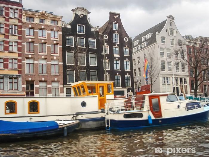 Vinylová fototapeta Lodě na kanálu v Amsterdamu. Nizozemí - Vinylová fototapeta