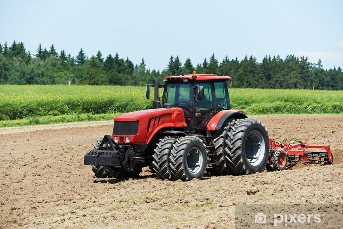 Vinylová fototapeta Orba traktorem při práci na poli pěstování - Vinylová fototapeta