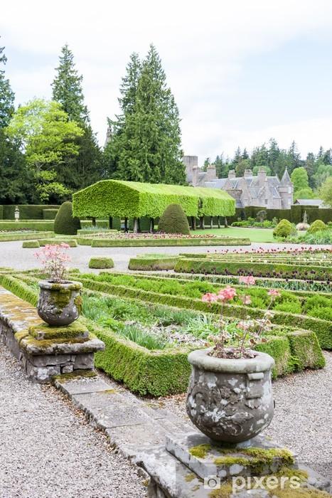 Vinylová fototapeta Pohled na Glamis hrad z italské zahrady, Angus, Skotsko - Vinylová fototapeta