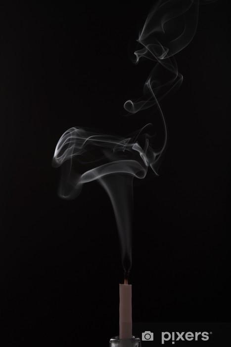 Vinylová fototapeta Pramínek kouře z umírajícího svíčky - Vinylová fototapeta
