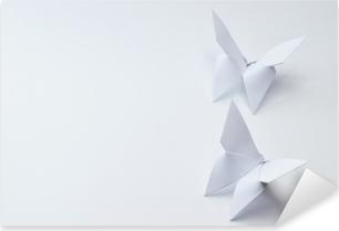 Adesivo Pixerstick Farfalle di origami su sfondo bianco