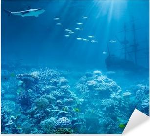 Adesivo Pixerstick Mare o oceano subacqueo con squali e tesori sommersi della nave