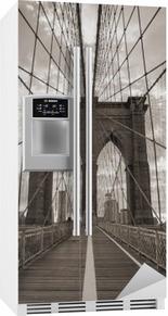 Adesivo per Frigorifero Ponte di Brooklyn a New York City. Tono seppia.