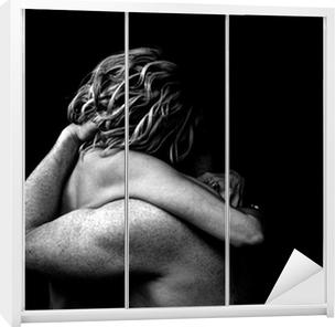 Poster Coppia Nuda Abbraccio Scuro Pixers Viviamo Per Il