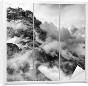 Adesivo per Guardaroba Dolomiti Montagne in bianco e nero