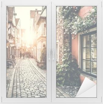 Adesivo per Vetri & Finestre Via storica in Europa al tramonto con effetto retrò vintage