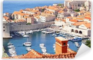 Afwasbaar Fotobehang Oude stad Dubrovnik en de jachthaven