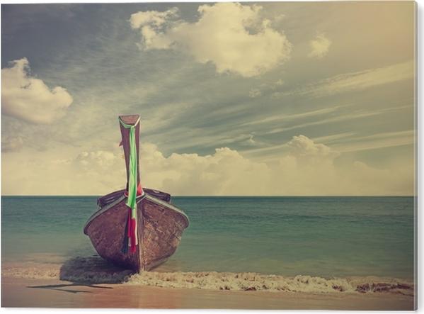 Akrylbilde Retrofiltrert bilde av en trebåt på stranden. - Lanskap