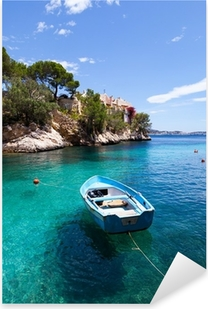Pixerstick Aufkleber Alte Ruderboot in Cala Fornells, Mallorca Festgemacht