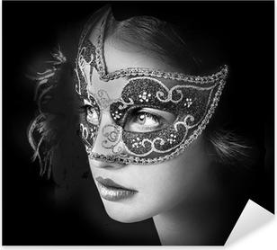 Pixerstick Aufkleber Close up Portrait der Frau in der geheimnisvollen venezianischen Maskep