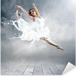 Pixerstick Aufkleber Gehe von Ballerina Kleid mit der Milch