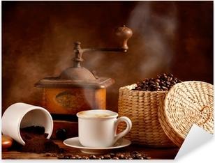 Pixerstick Aufkleber Gerösteten und gemahlenen Kaffee mit heißem Cappuccino