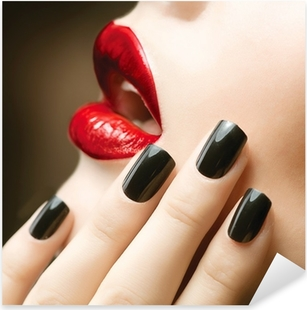 Pixerstick Aufkleber Make-up und Maniküre. Schwarze Nägel und rote Lippen