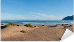 Pixerstick Aufkleber Panoramablick auf den Strand von Famara, Lanzarotep