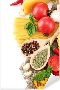 Pixerstick Aufkleber Pasta Spaghetti, Gemüse und Gewürze, isoliert auf weiß