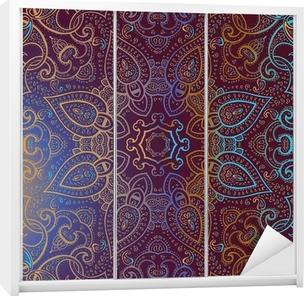 Autocolante para Roupeiro Mandala. Indian decorative pattern.