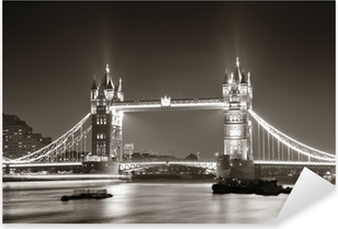 Autocolante Pixerstick Tower Bridge at night in black and white