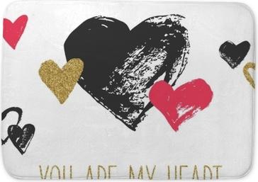 Badmatta Valentins dag hälsningskort med handdragen hjärtan. svarta, röda och guldglittande hjärtan.