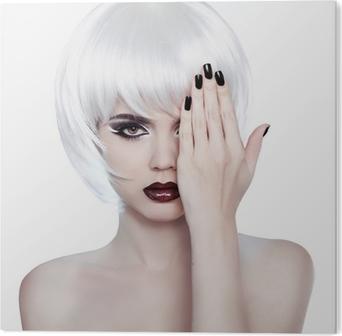 ff8bae946b5 Poster Vogue-Art-Frau. Mode Schönheit Frau Porträt mit weißen Shor •  Pixers® - Wir leben, um zu verändern