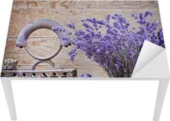 Tør lavendel og rustik (rusten) jern - vintage stil Bord og skrivbordfiner