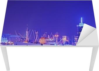 Bord- og skrivebordsklistremerke Cap San Diego im Hamburger Hafen