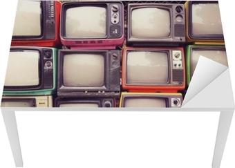 Bord- og skrivebordsklistremerke Mønster vegg av haug fargerik retro tv (tv) - vintage filter effekt stil.