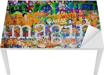 Bureau- en Tafelsticker Wand van John Lennon (Praag) - Imagine (Toma 1)