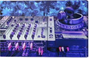 Canvas Dj mixer met een koptelefoon