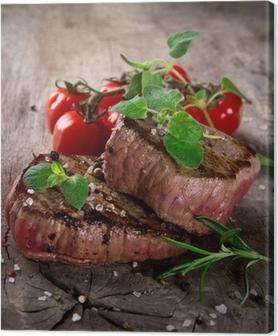 Canvas Gegrilde bbq steaks met verse kruiden en tomaten