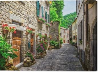 Canvas Italiaanse straat in een kleine provinciestad Toscaanse