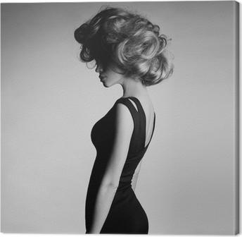 Canvas Jonge mooie dame in een elegante jurk