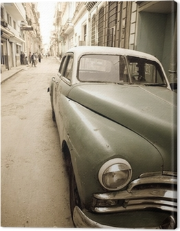 Cuban antique car Canvas Print