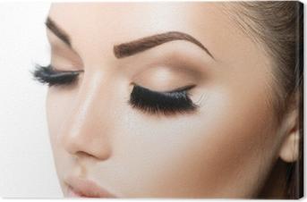 Canvas Schoonheid gezicht make-up. Meisje van de schoonheid met perfecte huid