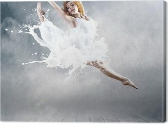 Canvas Sprong van ballerina met kleding van melk