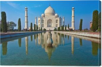 Canvas Taj Mahal in India