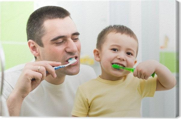 Canvas Vader en kind zoon tanden poetsen in de badkamer • Pixers ...