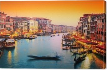Canvas Venetië, Italië. Gondel drijft op Canal Grande bij zonsondergang