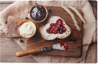 Canvas Vers brood met zelfgemaakte boter en zwarte bessen jam