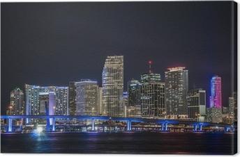Canvastavla Panorámica del centro Financiero de Miami en la noche