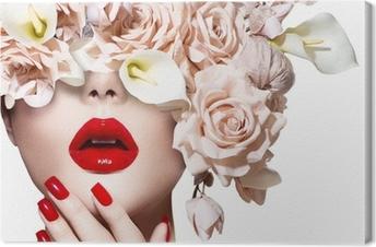Canvastavla Vogue stil modell flicka ansikte med rosor. Röda sexiga kanter och naglar.