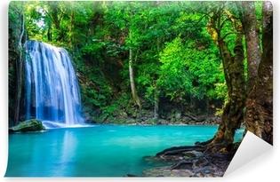 Carta da Parati Autoadesiva Cascata nella foresta tropicale dove si trova in Thailandia Nazionale P