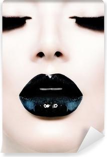 Carta da Parati in Vinile Moda Bellezza Modello Ragazza con Black Make up e lungo Lushes