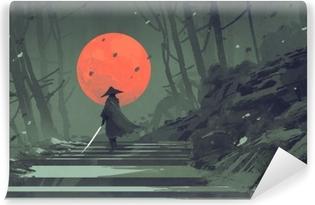 Carta da Parati in Vinile Samurai che sta sulle scala nella foresta di notte con la luna rossa su fondo, pittura dell'illustrazione