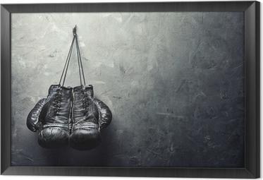 Çerçeveli Tuval Eski boks eldivenleri doku duvara çivi asmak