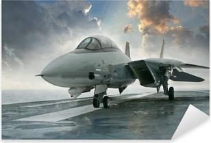 Çıkartması Pixerstick Dramatik cl altında bir uçak gemisi güvertesinde F-14 jet avcı uçağı