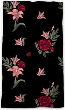 Cortina opaca Flores bordadas. lirios y rosas. patrón sin costuras vector estampado floral.
