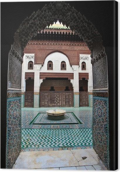 Cuadro en Lienzo Arco puerta enmarca patio del madrasa • Pixers ...